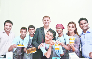 Shuktara Cakes team with Alain Cojean
